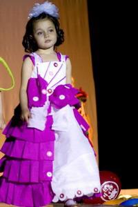 Платье из гофрированной бумаги своими руками на конкурс для девочки 21